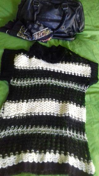 Jersey calado en negro y blanco de talla S/m