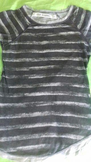 Niki s tonos negro gris