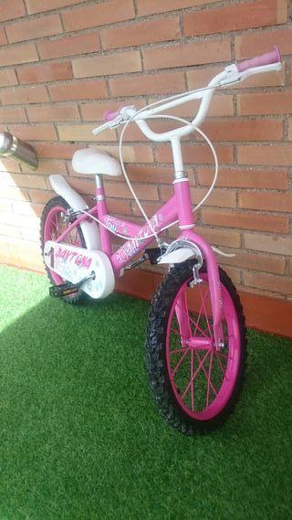 """Bici infantil para niña. Rueda 14"""""""
