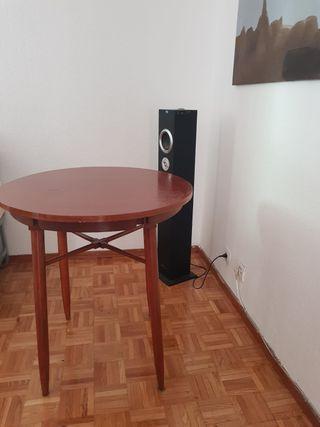 Mesa comedor redonda en madera de segunda mano por 25 € en Madrid en ...