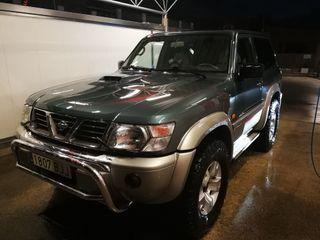 Nissan Patrol gr y61 2001
