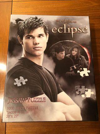 Puzzle eclipse