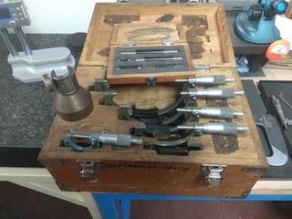 Juego micrómetros Mitutoyo 0-150mm
