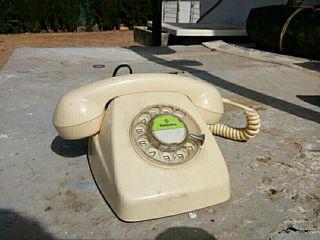 Teléfono antiguo - vintage
