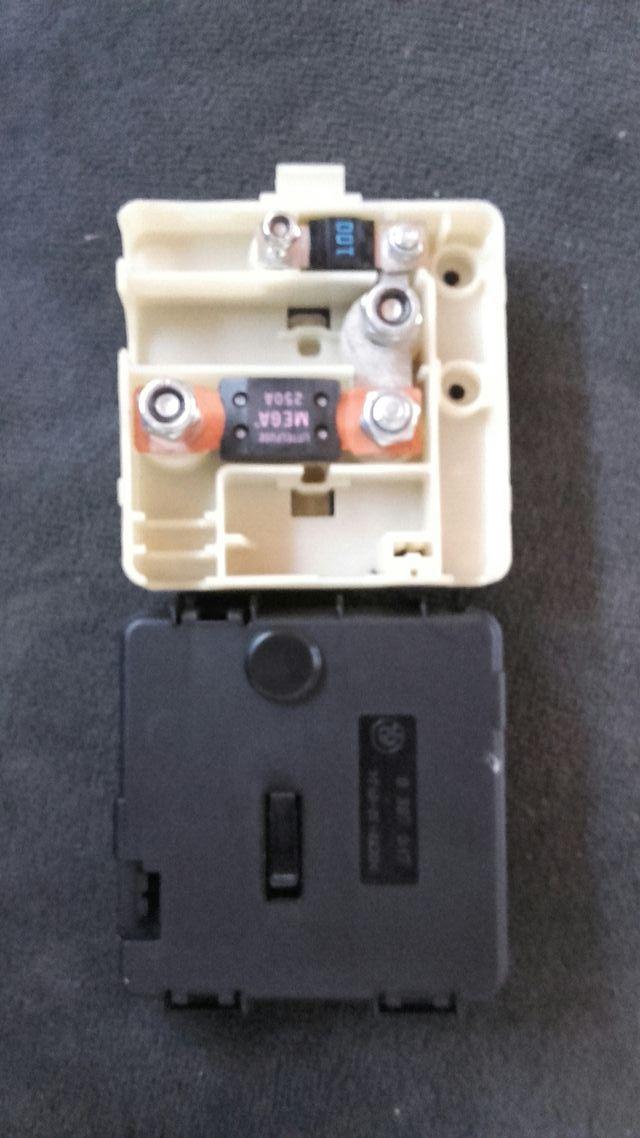 Caja De Fusibles Bateria Bmw E46 320 De Segunda Mano Por 15 En