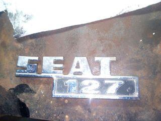 emblema seat 127