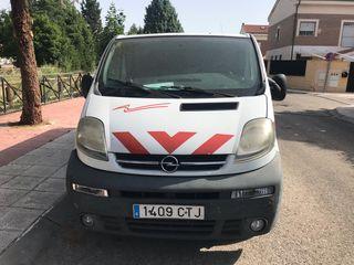 Opel Vivaro 2004 1.9 D
