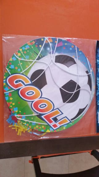 piñata de futbol