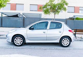 Peugeot 206 plus 2010