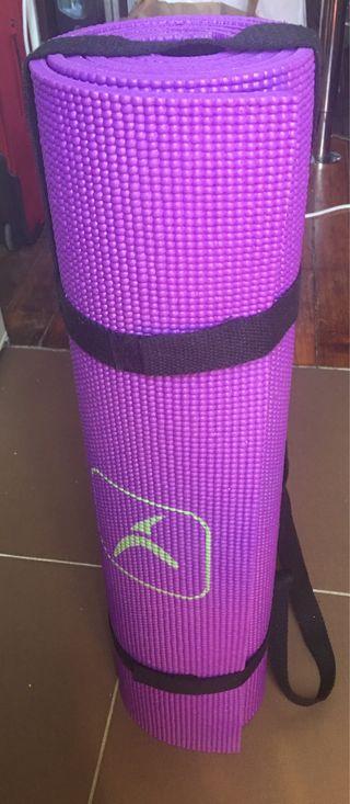 Tapis yoga violet neuf