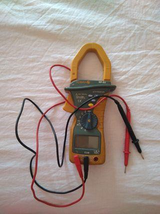 amperímetro con gancho funciona perfectamente