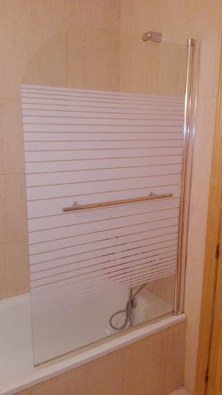 Mampara con toallero