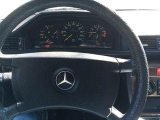 Mercedes-Benz 230 E 1989