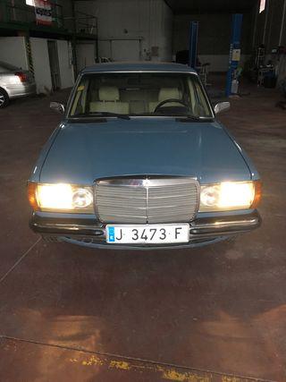 Mercedes-Benz Clase E 1980