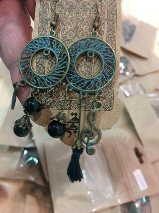Pendiente artesanal cobre Irán