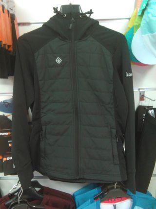 OFERTA en Polar Strecht Jacket ANAYET de Izas