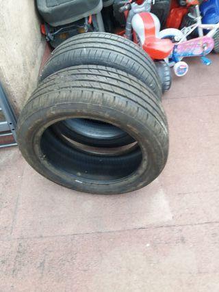 vendo dos ruedas marca three en buen estado