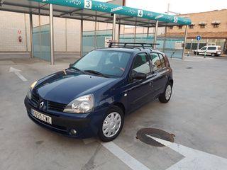 UNICO DUEÑO Renault Clio 2004