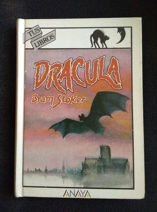 """Libro """"Dracula"""" de Bram Stoker"""