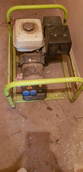 Generador de corriente de 9.000 vatios