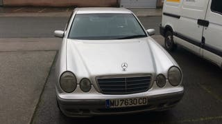 Mercedes-Benz Clase E 220d 1999