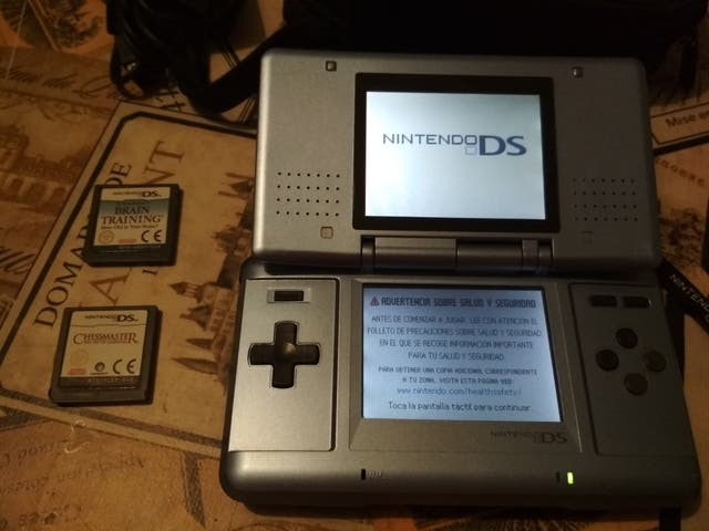 Consola Nintendo Ds 2 Juegos Funda De Segunda Mano Por 35 En