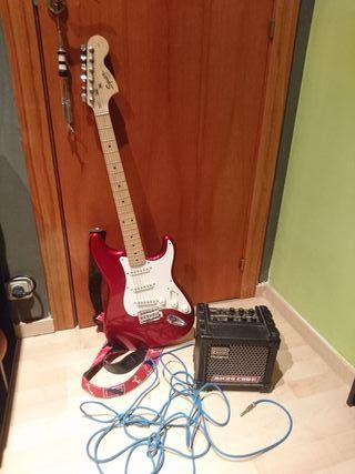 Guitarra eléctrica Fender Squier + ampli Roland