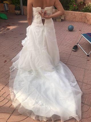 vestido de novia pro novias de segunda mano por 250 € en sant vicenç
