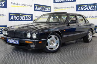 Jaguar XJ 4.0 SUPERCHARGED Aut Sport