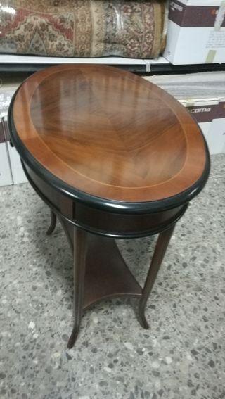Mesa auxiliar madera de caoba