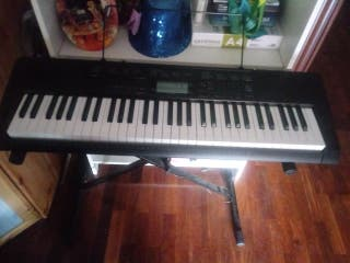 Piano digital CTK 3200.