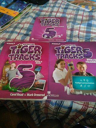 Libros de inglés. pack de tres de 5 de primaria.