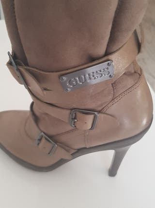 botas GUESS talla 38