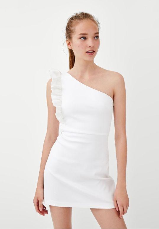 c46faa0da0 Vestido corto Blanco Zara de segunda mano por 19 € en Mislata en ...