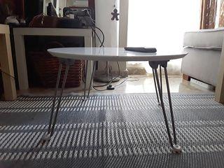 Mesa auxiliar plegable de diseño