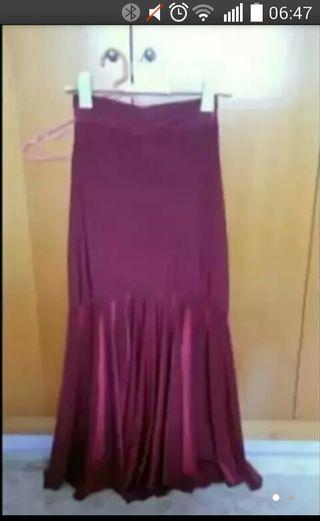 falda de ensayo y cuerpo de arriba