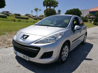 Peugeot 207 año 2011 Solo 82.000 kms