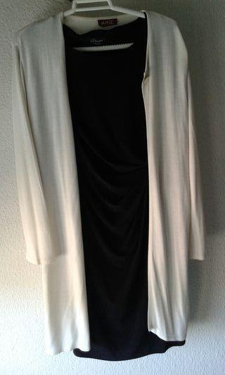 Vestido negro con jersey