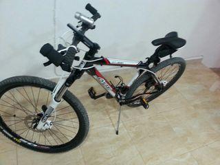 se vende bici precio negociable frenos de liquido