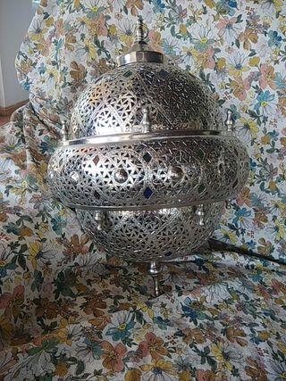 dos lámparas sin estrenar traidas de Marrakech,