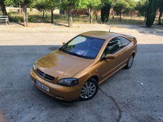 Opel Astra coupé Bertone Edition