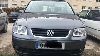 Volkswagen Touran 2006 7 seaters parking sensors