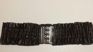 Cinturón de mujer de segunda mano en Valencia en WALLAPOP 0fe36ae64c60