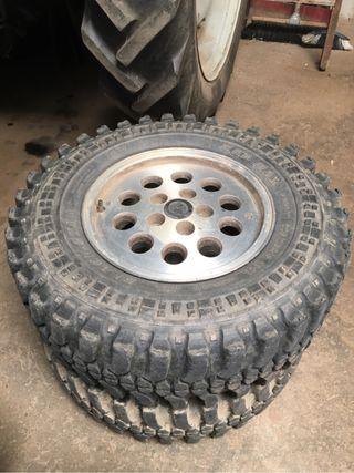 Neumaticos y llantas Jeep