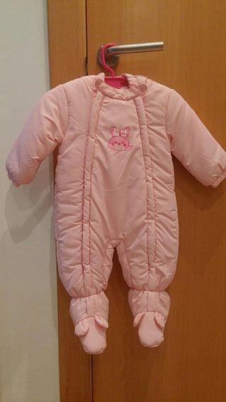 Buzo bebe niña de segunda mano en Bilbao en WALLAPOP 63fa1382eaf