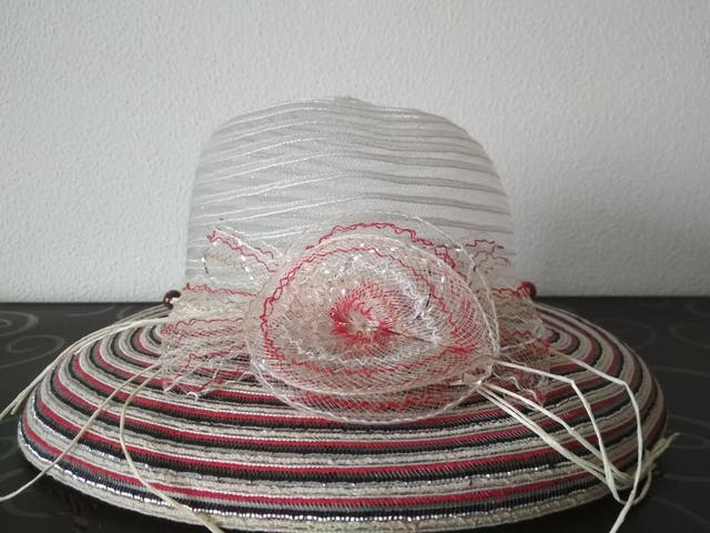Sombrero mujer de segunda mano por 1 c66e862812b