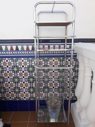 mueble toallero de baño