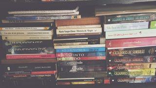 Recogida de libros, dvds y cds