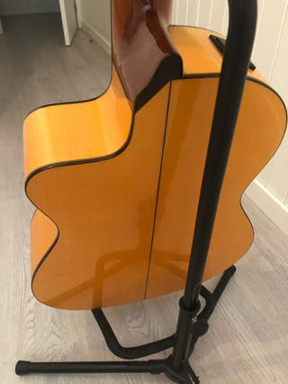 Guitarra electro acustica cutaway