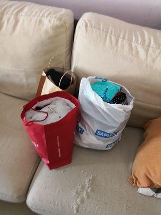 lote de ropa nueva la vendo por no usar i bien de